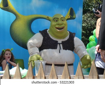 """UNIVERSAL CITY, CA-MAY 16: Shrek Character arrives at the premiere of Dreamworks animated film """"Shrek Forever After"""" at Gibson Amphitheatre on May 16, 2010 in Universal City, CA."""