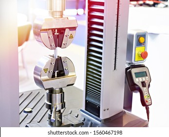 Universal electromechanical testing tensile machine