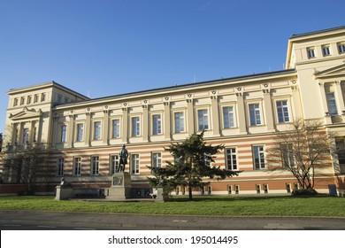 University Bonn; Meckenheimer avenue with Memorial