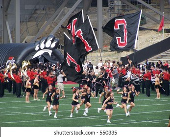 University of Cincinnati cheerleaders and band