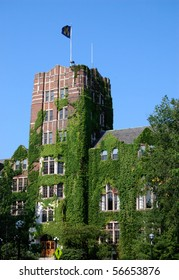 University of Michigan  Union with M flag