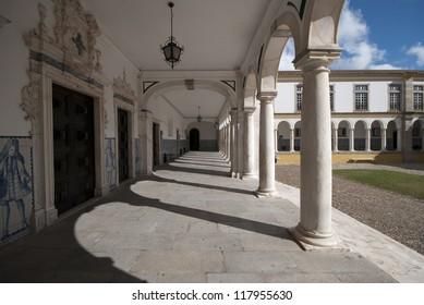 University of Ã?Â?vora, Portugal