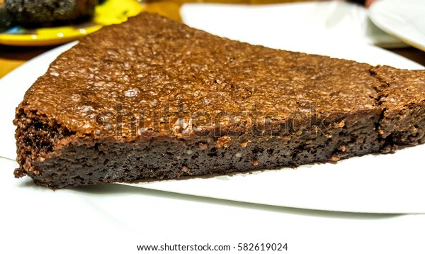Unsuz Kek / Chocolate cake without flour.