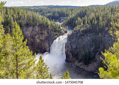 The upper falls of the Yellowstone river with Chittenden Bridge in the background