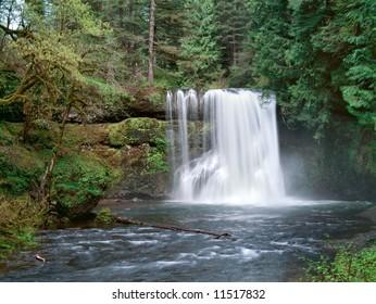 Upper North Falls Silver Falls State Park Oregon