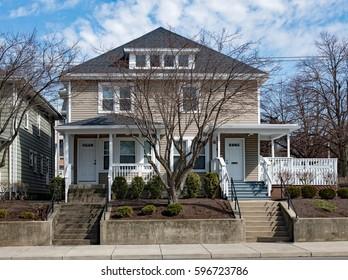 Urban Duplex Housing on Hill
