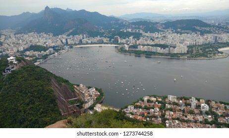Urca, Botafogo and Flamengo neighborhoods, Urca hill, Botafogo bay, Flamengo beach and urban park and several mountains in this amazing panorama from Rio, captured from the Sugar Loaf.