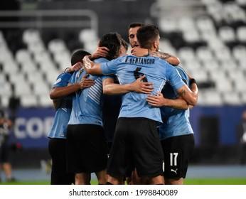 Uruguay's Edinson Cavani celebrates after scoring during the Copa America Group A soccer match between Uruguay and Paraguay at the Nilton Santos Olympic Stadium in Rio de Janeiro, Brazil, 28 June 2021