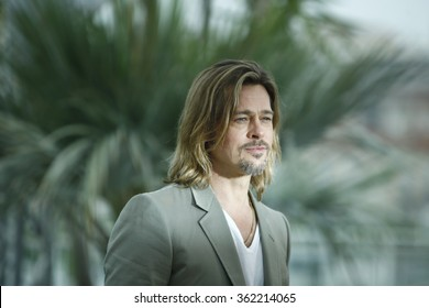 US actor Brad Pitt poses during the photocall of 'Killing them Softly' presented in competition at the 65th Cannes film festival on May 22, 2012 in Cannes.
