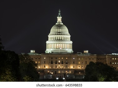 US Capital lit up at night
