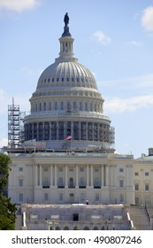 US Capitol Building under renovation