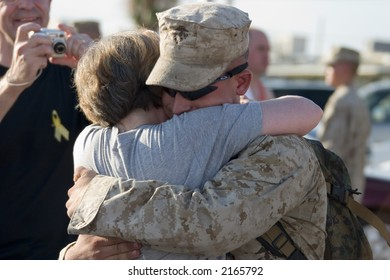 US Marine returning from Iraq