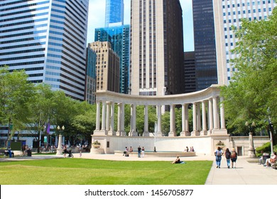 USA / Chicago downtown - Wrigley Square
