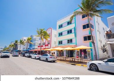 USA. FLORIDA. MIAMI BEACH. APRIL 2018: Ocean Drive Street, Architectural Monuments of Art Deco. Hotels and restaurants.