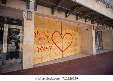 USA. FLORIDA. MIAMI BEACH, SEPTEMBER 2017: City of Miami Beach prepare for a hurricane Irma. Florida. USA.