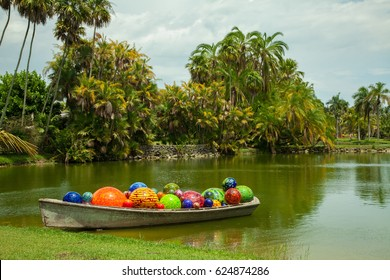 USA. FLORIDA. MIAMI. MAY, 2015: Dale Chihuly Exhibition at Fairchild Tropical Garden. Float Boat.
