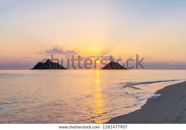 Usa Hawaii Oahu Lanikai Beach Sunrise Stock Photo Edit Now