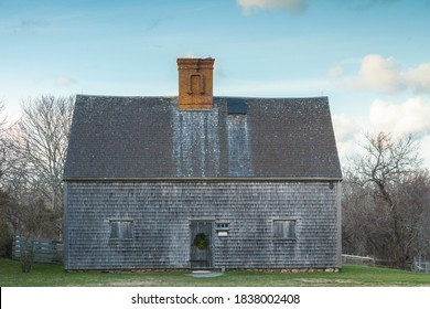 USA, Massachusetts, Nantucket Island. Nantucket Town, Oldest House on Nantucket, from the early 17th century English settlement.