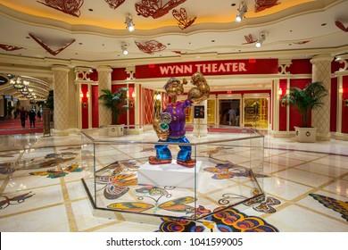 USA. NEVADA. LAS VEGAS. MARCH 2018: Hall Hotel Wynn Las Vegas and Popeye by Jeff Koons.