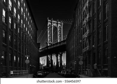 USA, New York City, Lower Manhattan and Manhattan Bridge