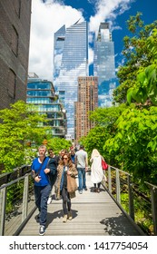 USA. NEW YORK. MANHATTAN. JUNE 2019: High Line park with architectural buildings.