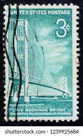 USA postage stamp  circa 1958  3c  -  The Mackinac Bridge  -  Michigan