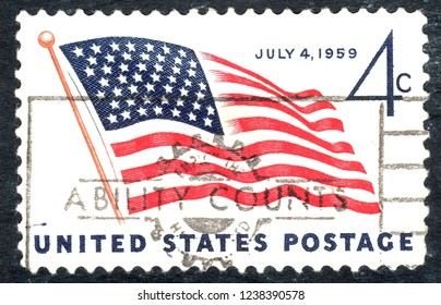 USA postage stamp – circa 1959  4c  -  Flag - July 4 1959
