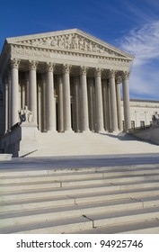 USA Supreme Court building in Washington, DC, United States