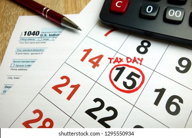 USA tax due date marked on calendar - April 15, 2019