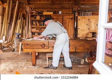 USA, Washington State, Fort Vancouver National Historic Site. August 20, 2019. Interior views at Hudson's Bay Company's Fort Vancouver. Re-enactor in the woodworker's shop.