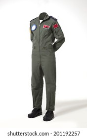 Usable fighter pilot's body without head