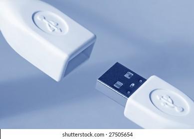 USB (blue toned)