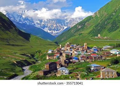 Ushguli, Mt. Szkhara, Górna Swaneti, Gruzja, Europa