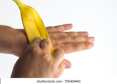 Using a banana peel on hand  skin