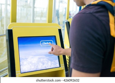 Using self check-in  kiosks in airport
