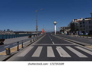 Uskudar seaside road during corona virus pandemic in Istanbul, Turkey in 9th April 2020.