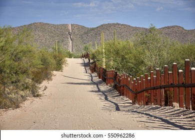 US-Mexican border in Arizona close to highway 85, captured in September 2016