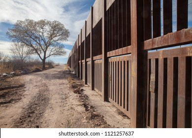 US-Mexican border fence in Douglas, Arizona