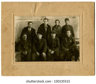 USSR - CIRCA 1930s: Antique photo shows workers, USSR, 1930s