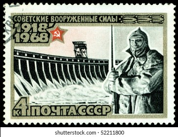 USSR- CIRCA 1968: a stamp printed by USSR, shows monument warriors Red army, circa1968