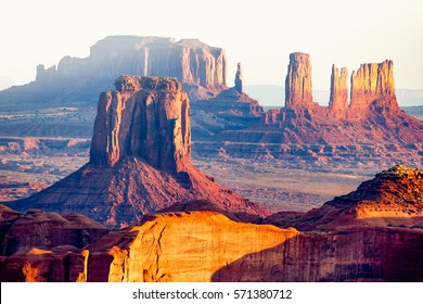 Utah - Ariziona border, panorama of the Monument Valley