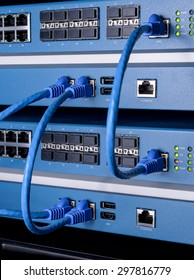 UTC Cable stack between network switch