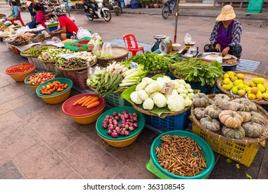 UTHAI THANI, THAILAND, JAN 10, 2016: Local people shopping fresh vegetables at the morning fresh market at Uthai Thani Thailand.