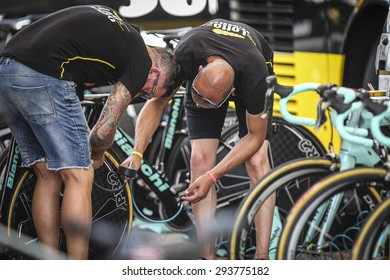 Utrecht, The Netherlands. 4th of July, 2015. Tour de France Time Trial Stage, Team Lotto Jumbo