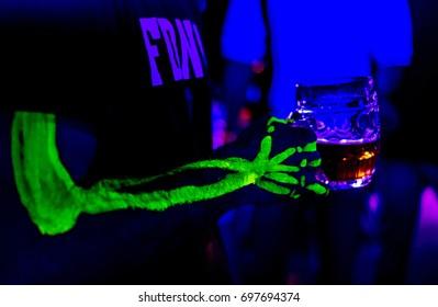 UV light drinking