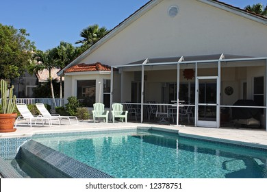 vacation house with pool and lanai