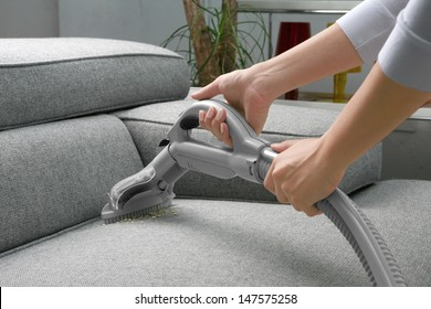 Vacuum cleaner/Woman use vacuum cleaner
