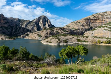 Vadiello reservoir in Guara Natural Park, Huesca, Spain