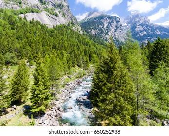 Val di Mello - Valmasino - Alpine valley in Valtellina