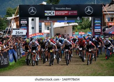 Val di Sole, Italy, August 04 2019 PARTENZA DELLA CATEGORIA ELITE MAN. during the Coppa del Mondo Cross-Country - Val di Sole UCI MTB World Cup 2019 - Men CICLISMO MTB - MOUNTAIN BIKE